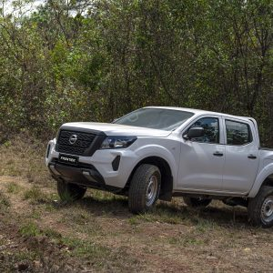 Nissan Frontier D.CAB 4X4 S